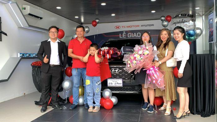 Bàn giao Hyundai SantaFe 2021